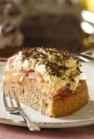 Bumbieru kapučīno torte