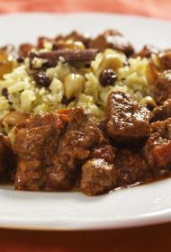 Indiešu jēra gaļas ēdiens Rogan josh